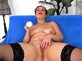 Vibrator Fun with Mature Scarlett O Ryan
