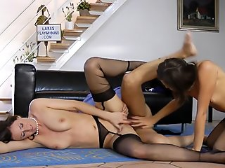 English milf doggystyled ontop babe in trio