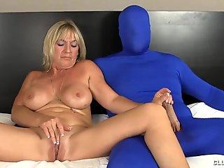 Milf Loves Tweaking Twat Stroking Big Cocks